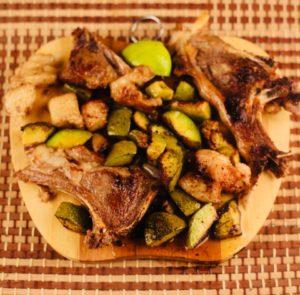 لحمة مع الأفوكادو واللية(دهون لية الخروف)