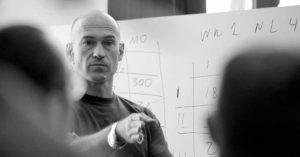 باڤل تسولين مدرب رفع الأثقال الشهير وأفضل علماء التدريب