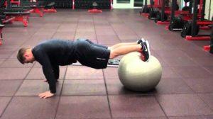 Ball elv pushup
