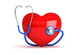 قلب لونه احمر ووضع عليه سماعة طبية